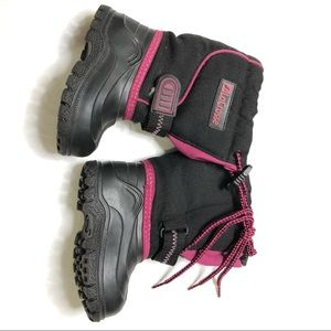 6 infant Lacrosse girls snow boots